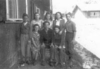 1946: Waisenkinder im Jewish Children Center Aschau (Yola 2. v. l.)